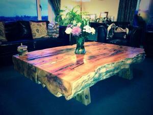 solid_handmade_furniture