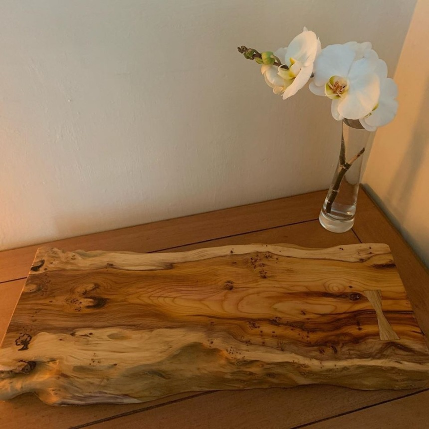 Yew Sharing Board £50